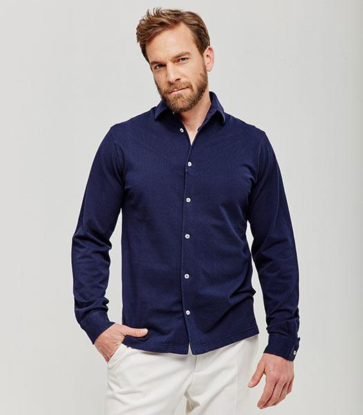 camicia-blu-manica-lunga-con-abbottonatura-vintage